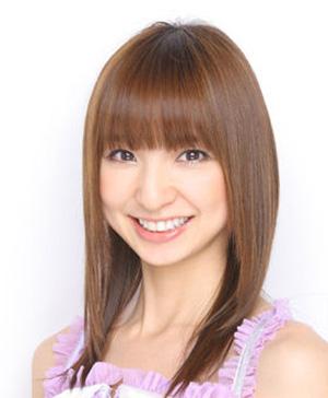 篠田麻里子 ロングヘアー画像