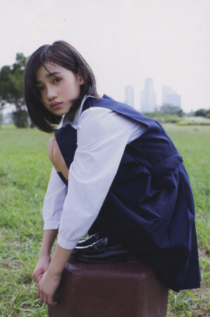 佐々木莉佳子 画像